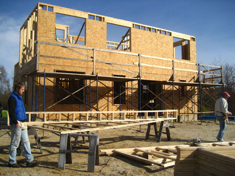 Building roof truss for Habitat house
